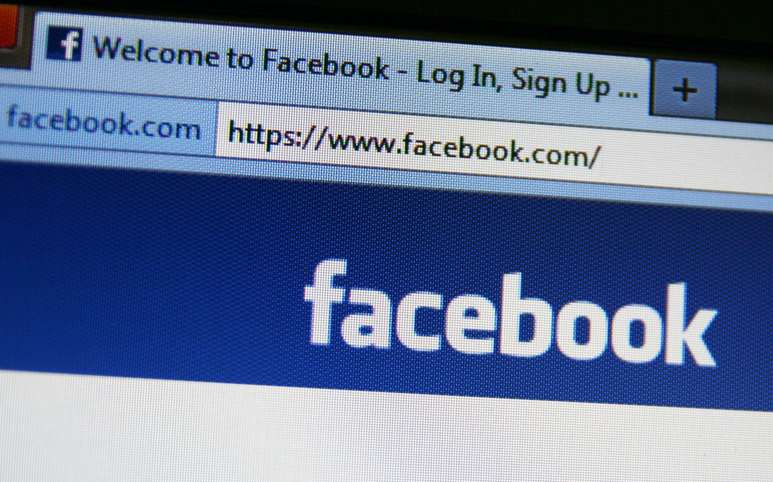 facebook-mais-fãs-ativos-e-engajamento-layerup-dicassociais
